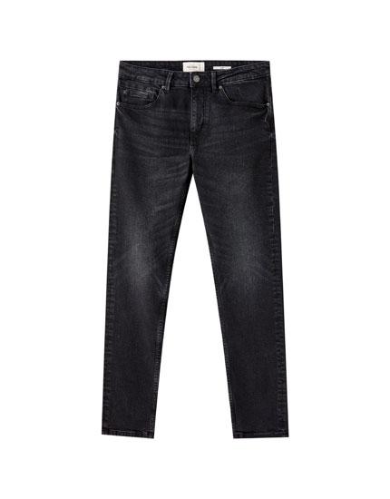 Schwarze Slim-Komfort-Jeans im Washed-Look
