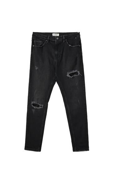 Jeans carrot tejido premium rotos