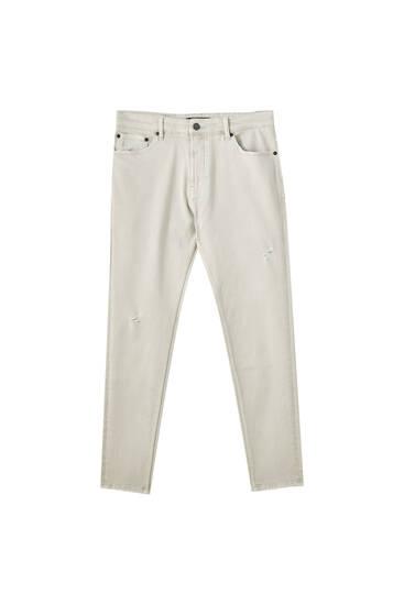 Jeans carrot tejido premium
