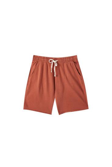 Basic coloured jogging Bermuda shorts