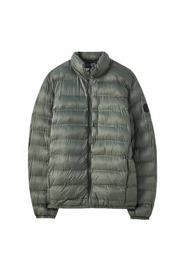 Lightweight fabric puffer jacket