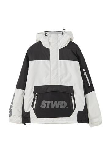 Cazadora canguro combinada STWD