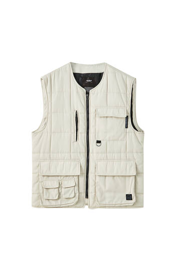 Padded gilet with multiple pockets