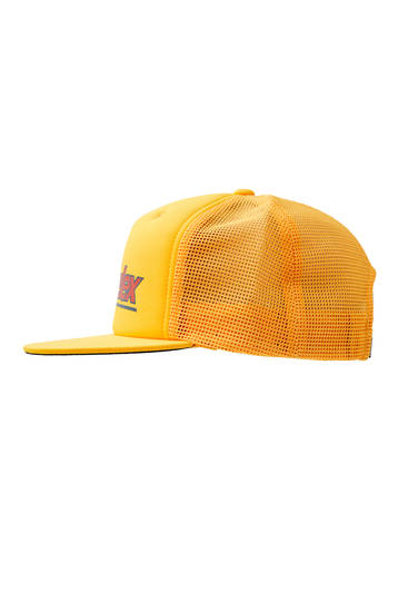 Casquette trucker jaune inscription