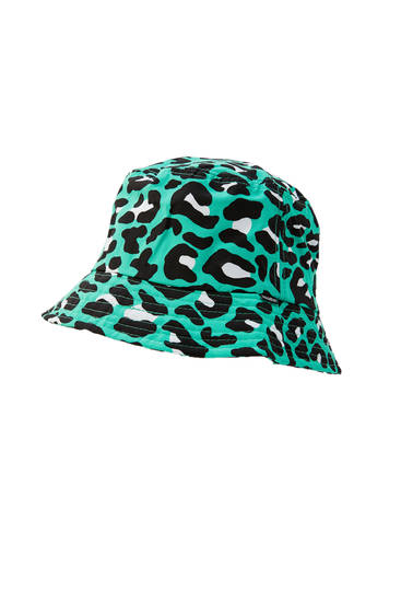 Gorro bucket verde print leopardo
