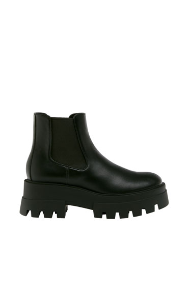 Track sole ankle boots - PULL\u0026BEAR