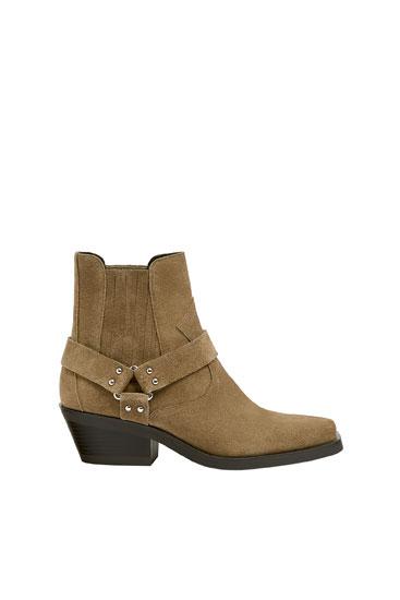 Kožené kotníčkové boty stylu cowboy s hranatou špičkou