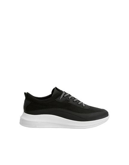 Svarta joggingsneakers