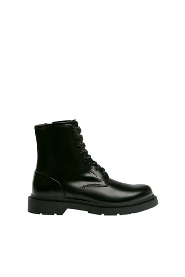 Lace Up Boots Pull Bear