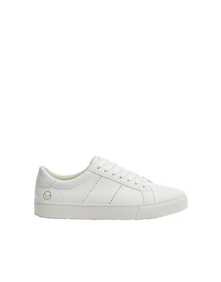 Sneakers basic traforate