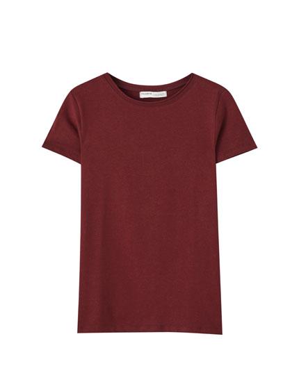 Camiseta cuello redondo básica