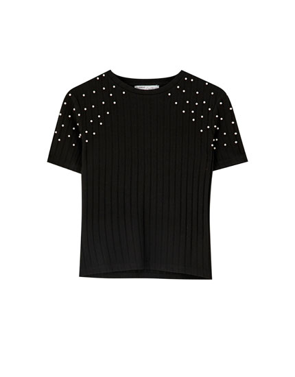 Ribbed T-shirt with faux pearls