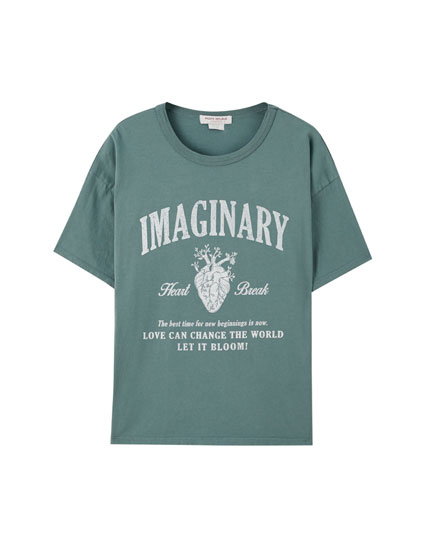 Green T-shirt with slogan and heart print
