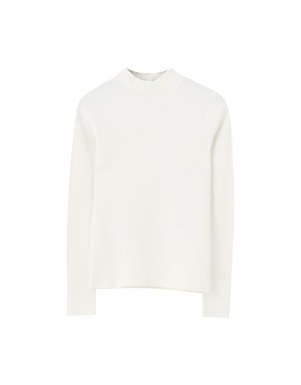 Basic ribbed mock neck T-shirt