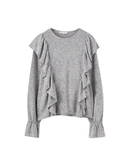 Grey ruffled T-shirt
