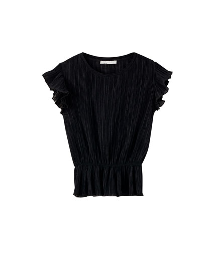 Pleated T-shirt with gathered waist