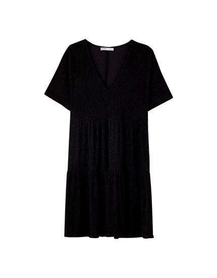 Μαύρο φόρεμα αεράτο με λωρίδες