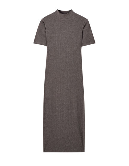 Short sleeve ribbed midi dress