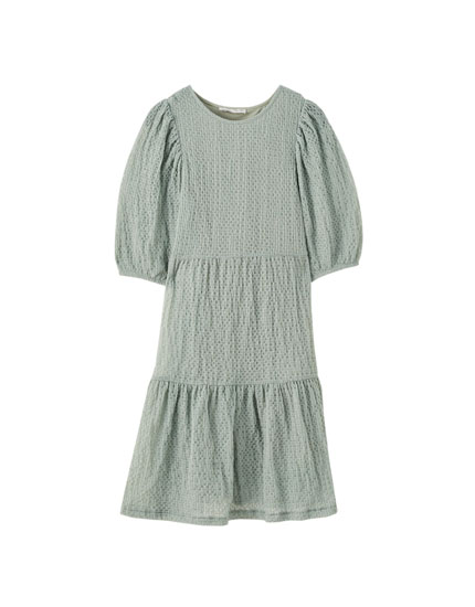 Robe texture volants