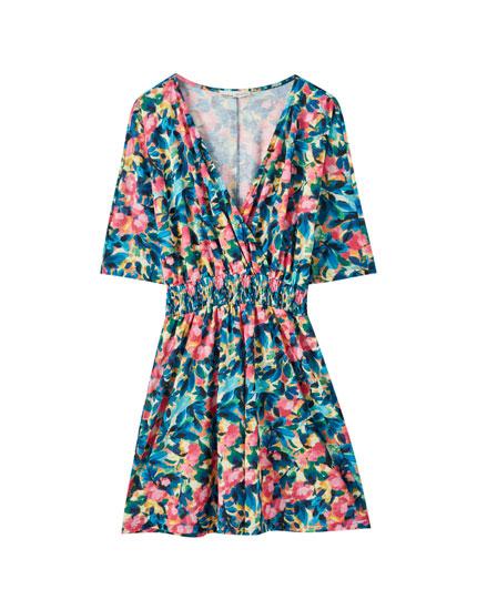 Κρουαζέ φόρεμα με λάστιχο στη μέση