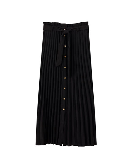 Pleated midi skirt with buttons