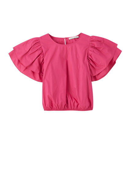 Fuchsia blouse with ruffled sleeves