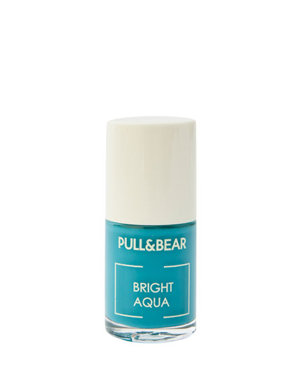 Bright Aqua nail varnish