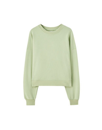 Basic round neck sweatshirt