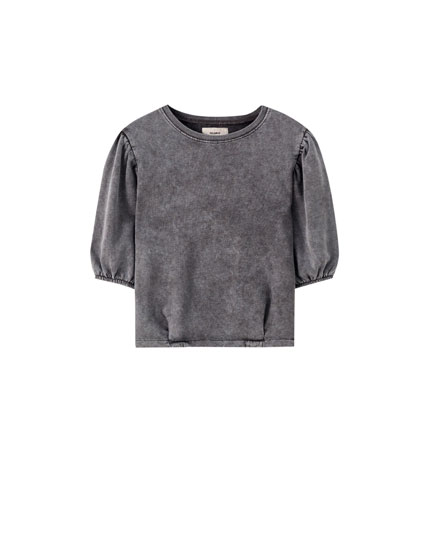 Faded sweatshirt with voluminous sleeves