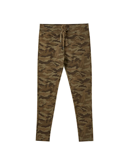 Camouflage print jogger leggings
