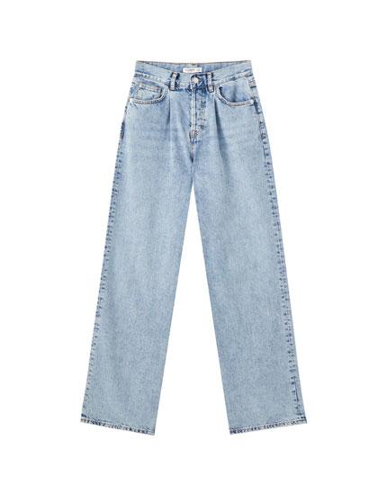 Jeans corte recto pinzas