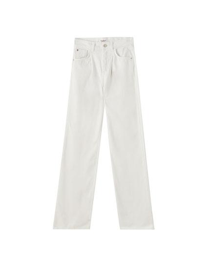 Jeans corte recto blancos