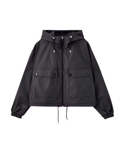 Basic short raincoat with a hood