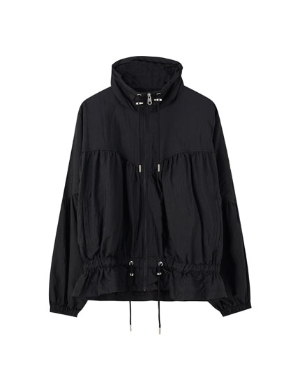 Nylon jacket with gathered elastic details