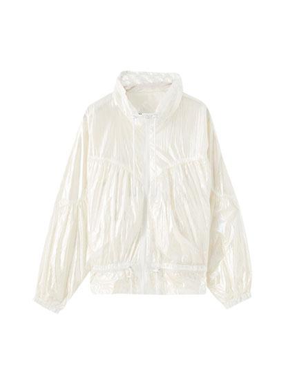 Nylon jacket with gathered elastic details