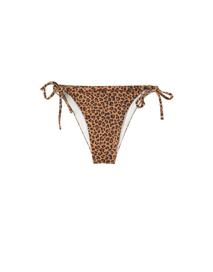 Strappy leopard print bikini bottoms
