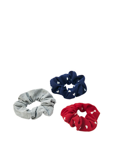 3-pack of heart scrunchies
