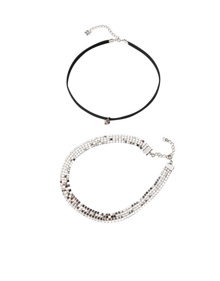 Pack of 2 heart choker necklaces