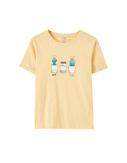 T-shirt avec illustration et manches à revers