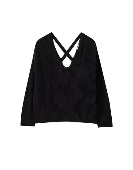 Suéter tiras cruzadas espalda