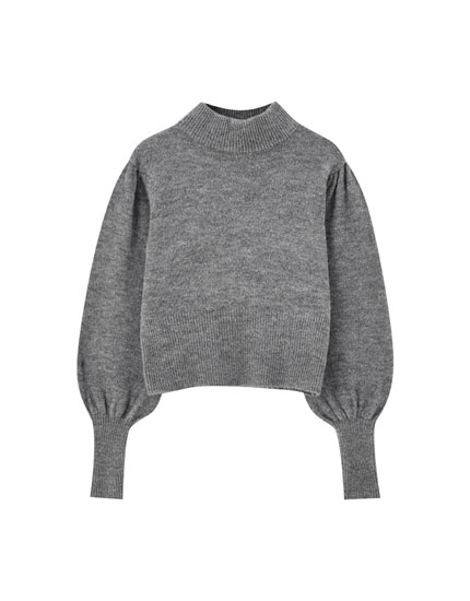 Fitted puff sleeve sweater
