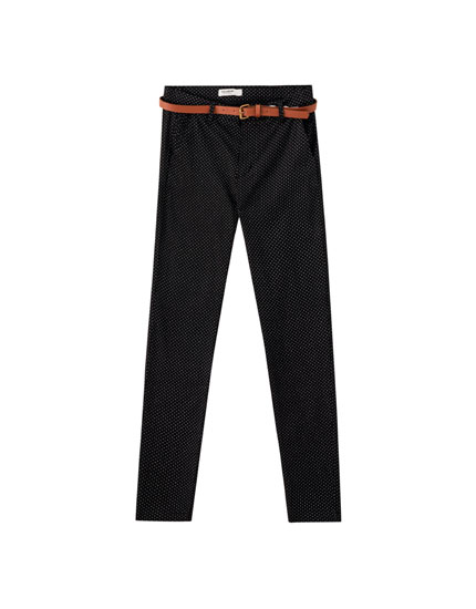 Pantaloni chino basic colorati
