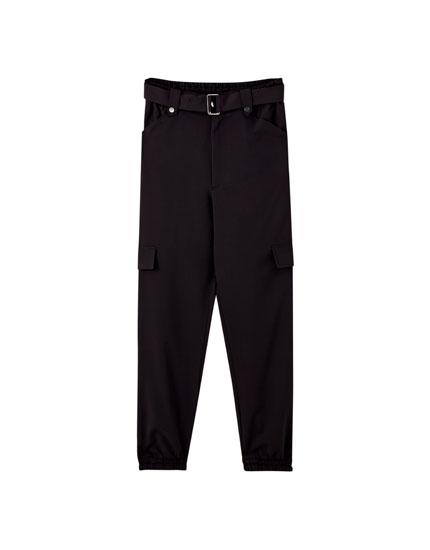 Pantalón cargo negro cinturón