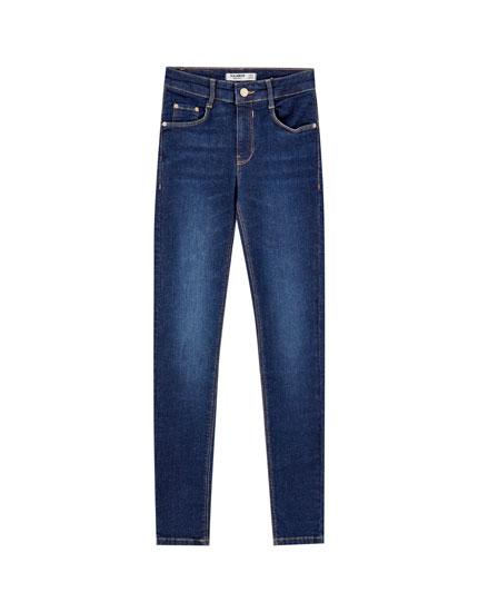 Basic push-up jeans