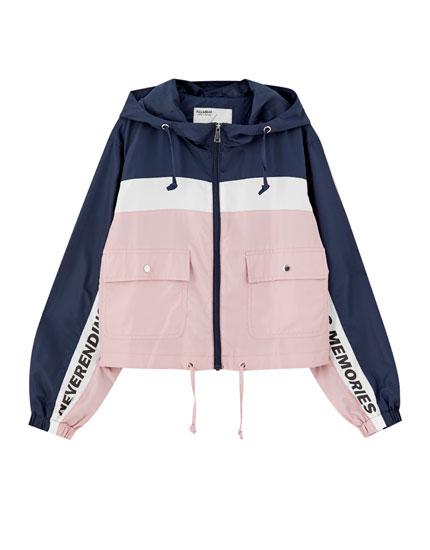 Kort jakke med farveblok