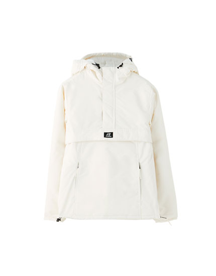 Basic coloured jacket with a pouch pocket