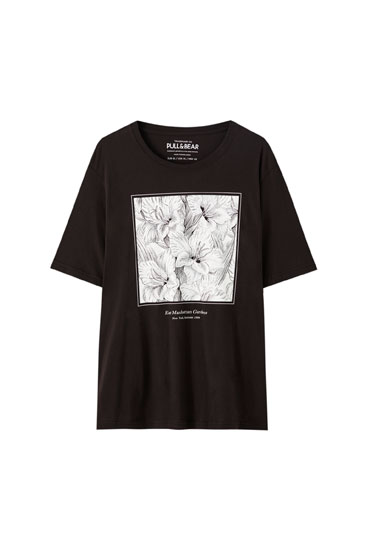 T-shirt with contrast floral illustration