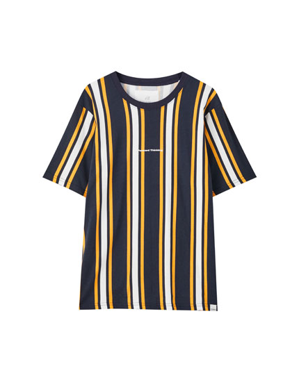 Vertical stripe print T-shirt