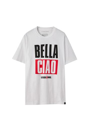 Camiseta La Casa de Papel x Pull&Bear Bella Ciao blanca