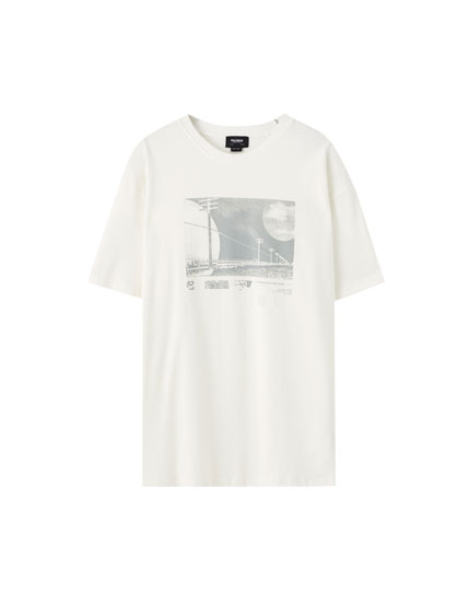 White T-shirt with photographic illustration